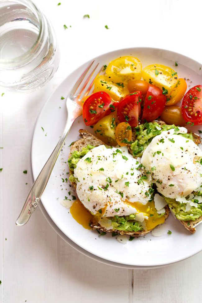 Poached-Eggs-and-Avocado