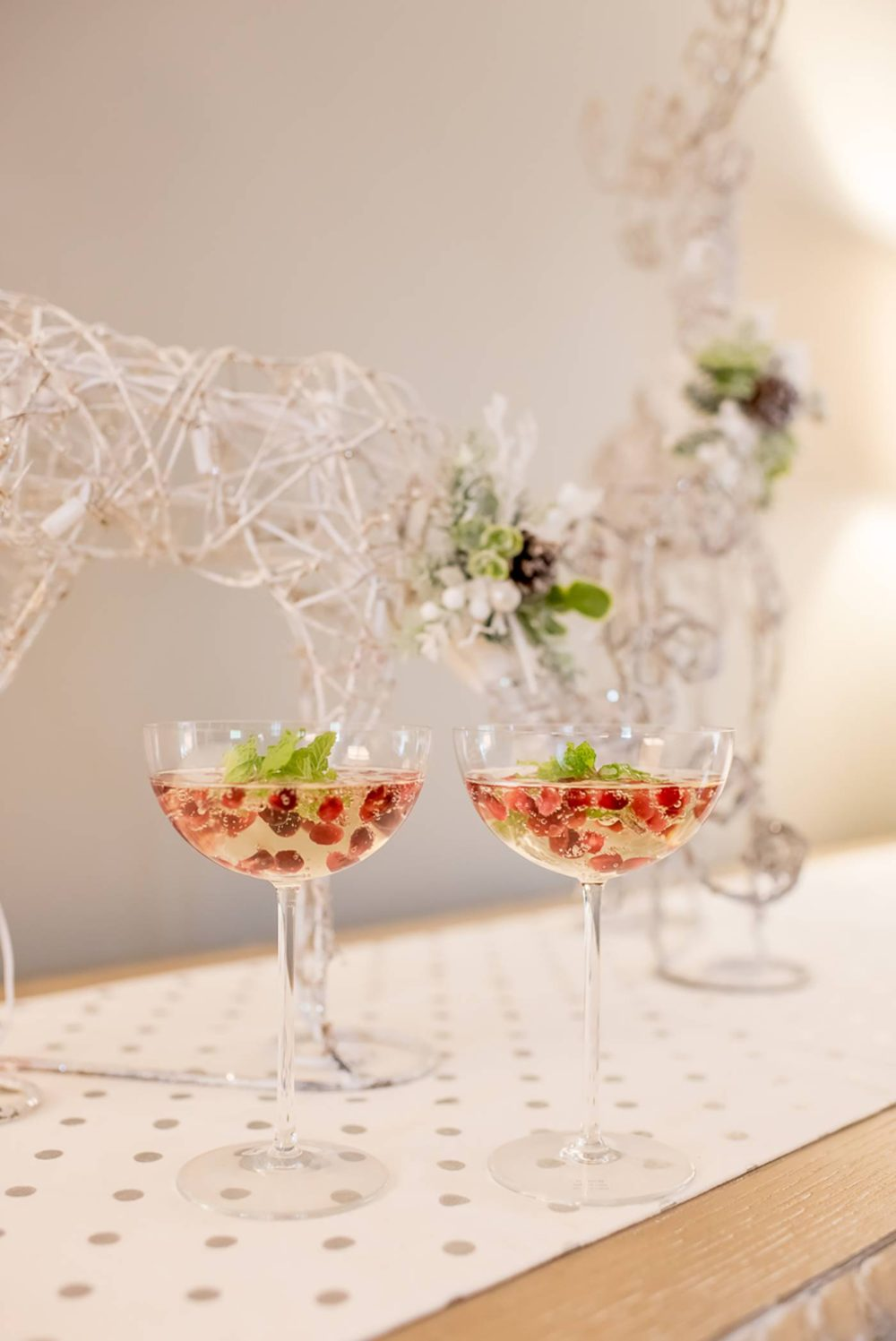 favorite-holiday-champagne-cocktail