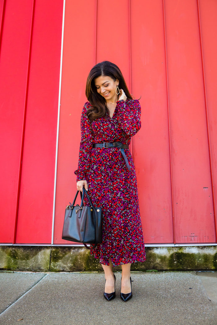 Fall Work Dresses with Sleeves featured by top US fashion blog, The HSS Feed: image of a woman wearing a Michael Kors maxi dress, and Sarah Flint heels.